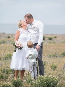 Bröllopsfotografering vid Bruddesta fiskeläge.